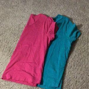 2 T Shirts pink &green